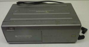 Automotive-Electronics-Pioneer-RS-M1-4-REF37171-e1445331154860.jpg