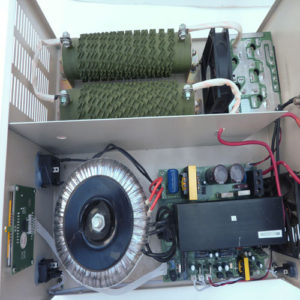 Wind_Solar_Hybrid_Controller_and_Inverter_WWSI1010-48-220-50_big.jpg